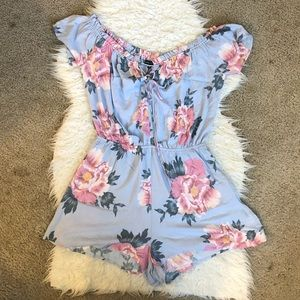 Kendall & Kylie blue floral romper corset tie